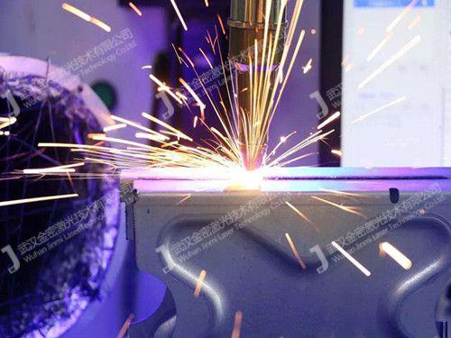 激光焊接机可以进行填丝焊接吗?