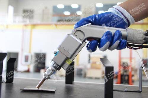 自动化激光焊接机效率和传统焊接方式都有哪些优势