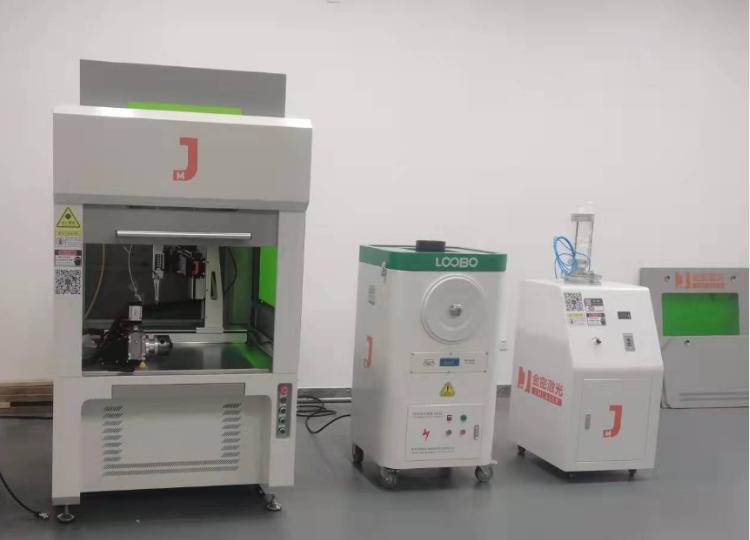 高校实验室选择机器人焊接机的理由有哪些