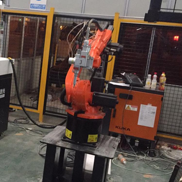 机械臂焊接机适应什么行业和产品